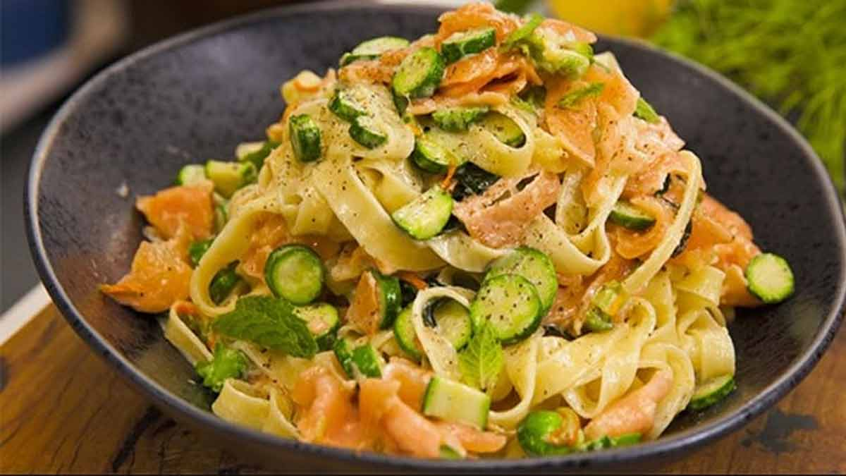 pâtes courgettes-saumon