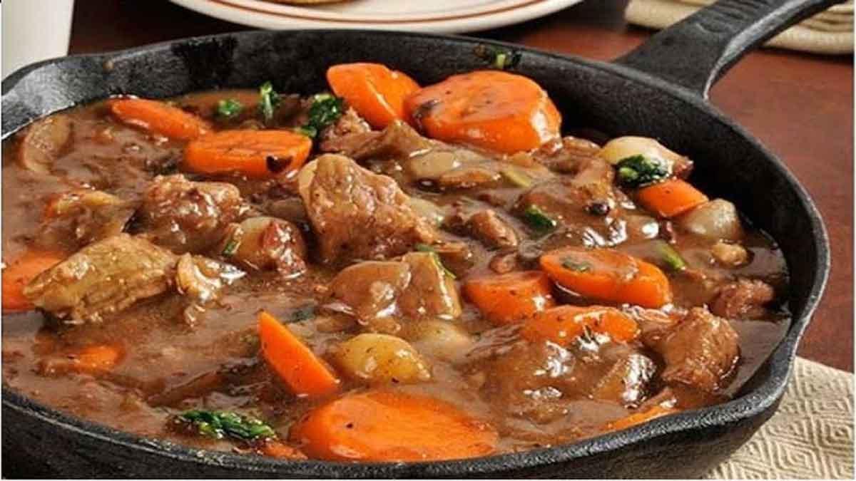 ragoût de bœuf et petits légumes