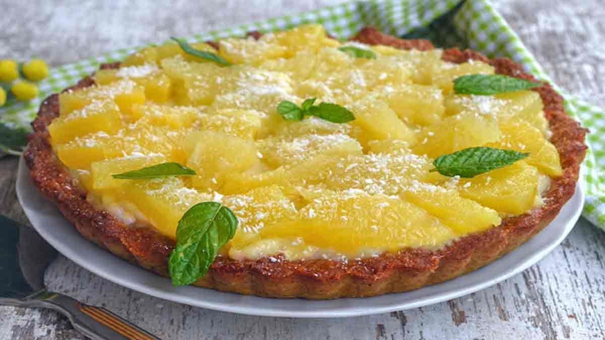 tarte à l'ananas et crème pâtissière
