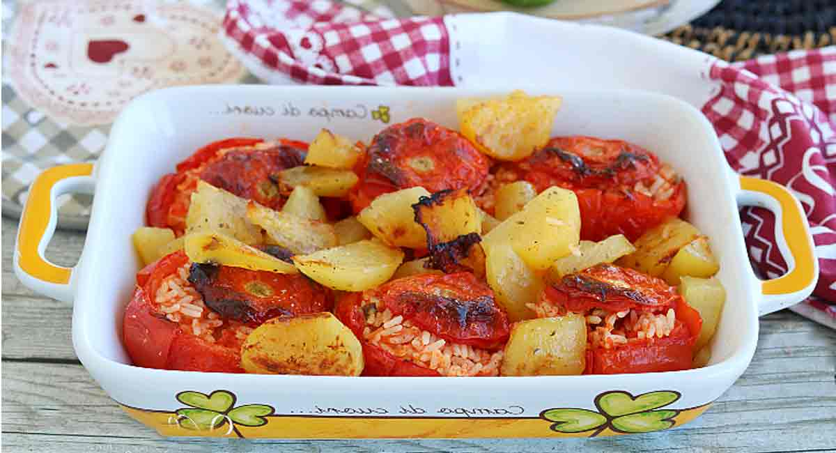 tomates garnies de riz
