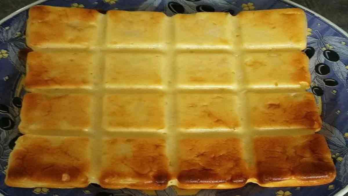 Appétissant gâteau léger aux pommes et fromage blanc