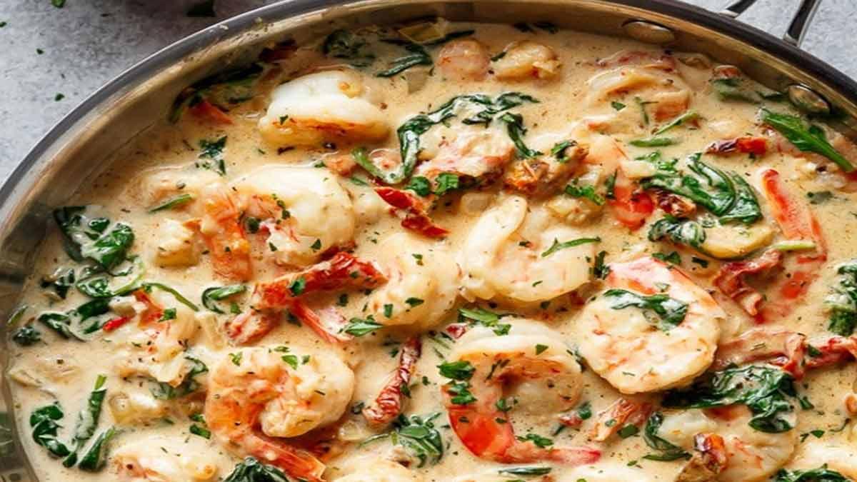 Crevettes aux épinards et aux tomates séchées