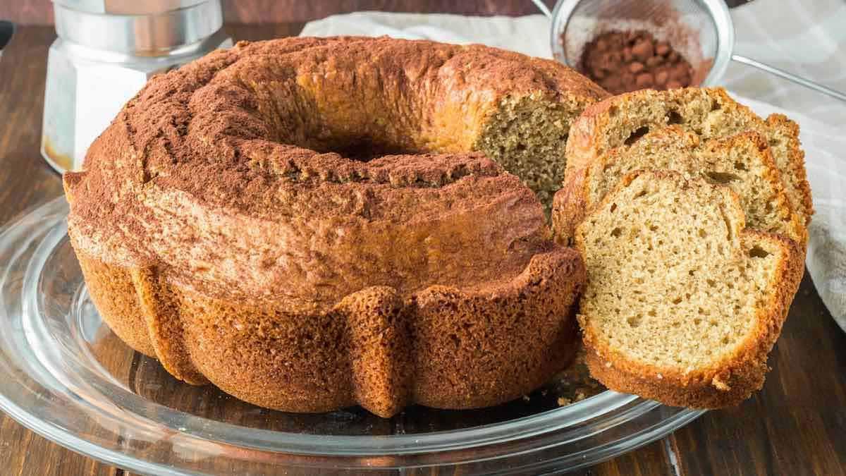 Délicieux gâteau au mascarpone parfumé au café
