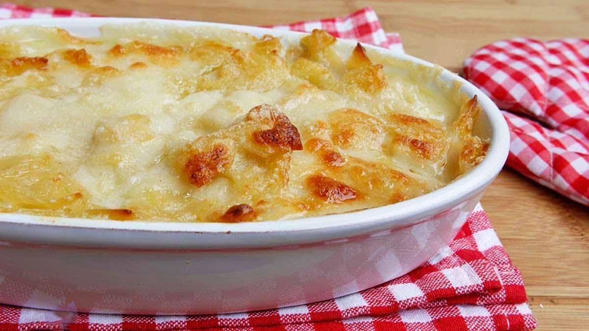 Généreux gratin de pâtes aux 3 fromages