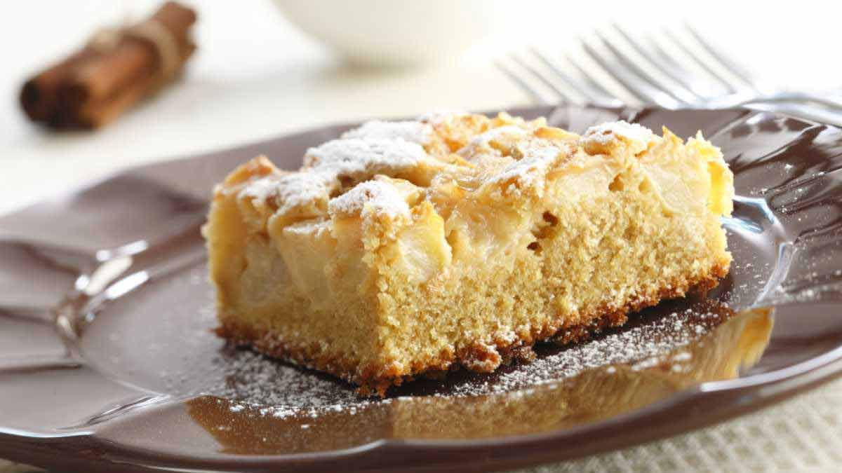 Succulent gâteau aux pommes et à la ricotta