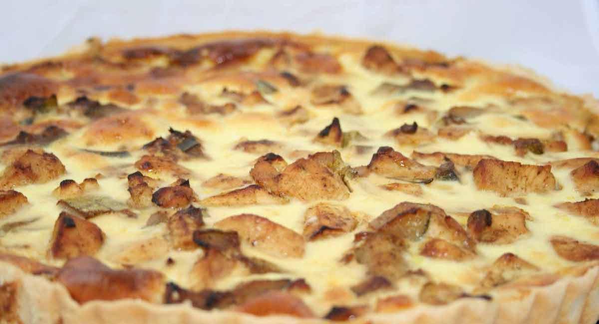Succulente tarte poulet légumes et pommes